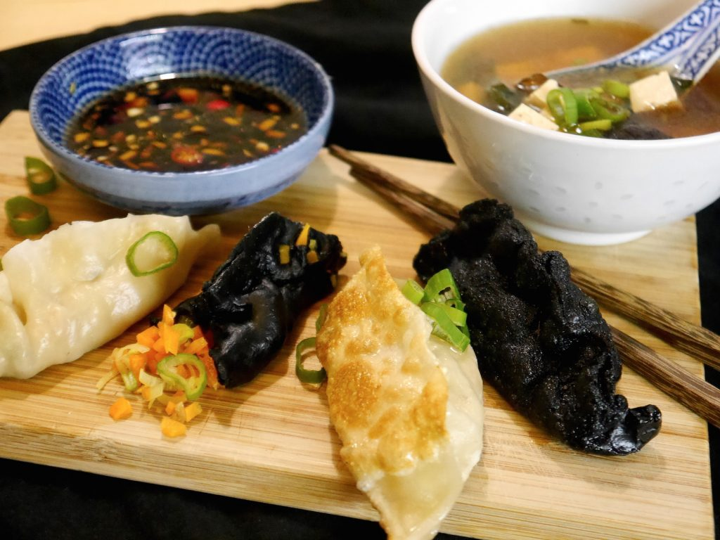 vegane-jiaoze-dumplings-suppe-paradiesfutter