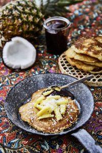Ananas-Kokos-Pancakes mit Schoko-Kokos-Creme